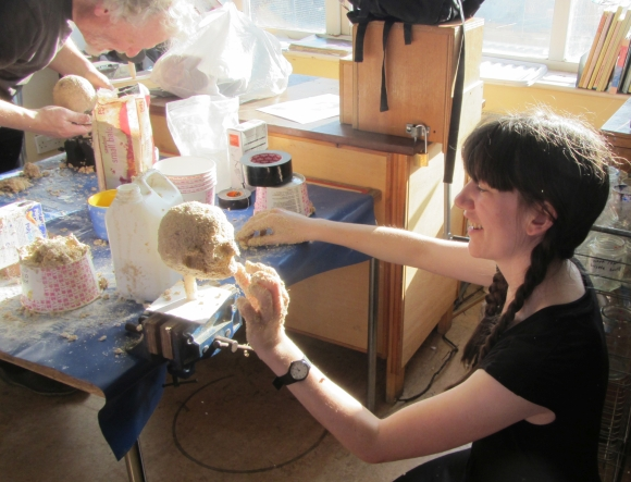 Puppetry workshop at City Farm 2(1)